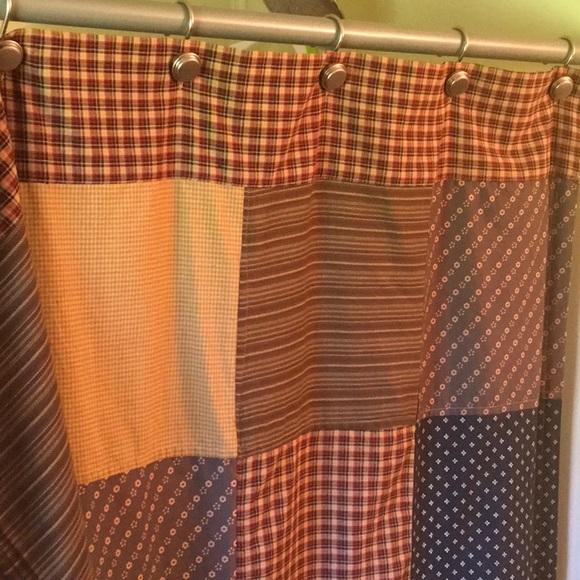 Americana Shower Curtain M 5af87e7136b9de51cc61daed